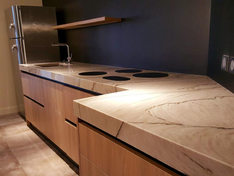 Plan de travail en quartzite double brown