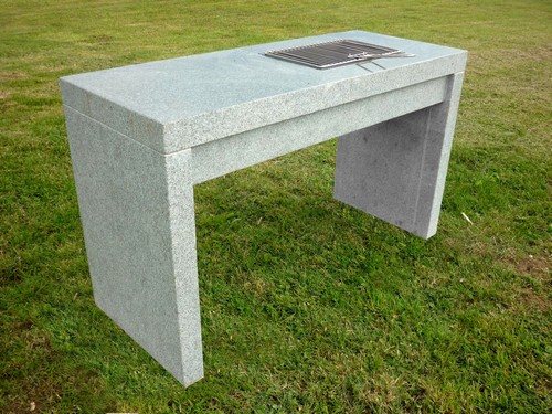 Vente mobilier marbre granit ou pierre naturelle for Plan barbecue exterieur