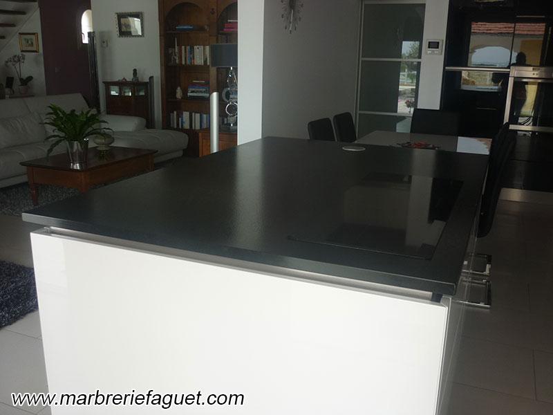 Plan De Travail En Granit Noir Cr Dences Et Evier Massif 38 Et 73