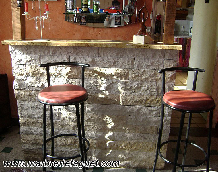 Table en marbre sur mesure et bar en marbre 38 et 73